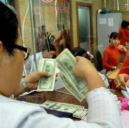 Vì sao cần tăng tỷ giá đô la Mỹ/đồng Việt Nam lúc này?