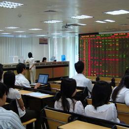 KLGD tại HoSE tăng mạnh, HNX-Index tăng gần 4%