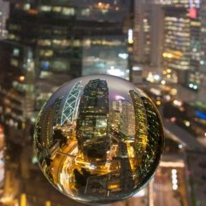 """""""Bong bóng"""" trên thị trường bất động sản Trung Quốc bắt đầu vỡ?"""
