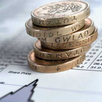 Doanh số bán lẻ tại Anh bất ngờ giảm
