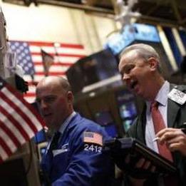 Dow Jones xuống dưới 11.700 điểm