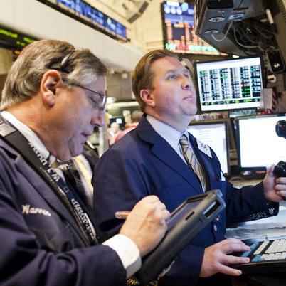Dow Jones tăng 2,8% trong tháng 2/2011